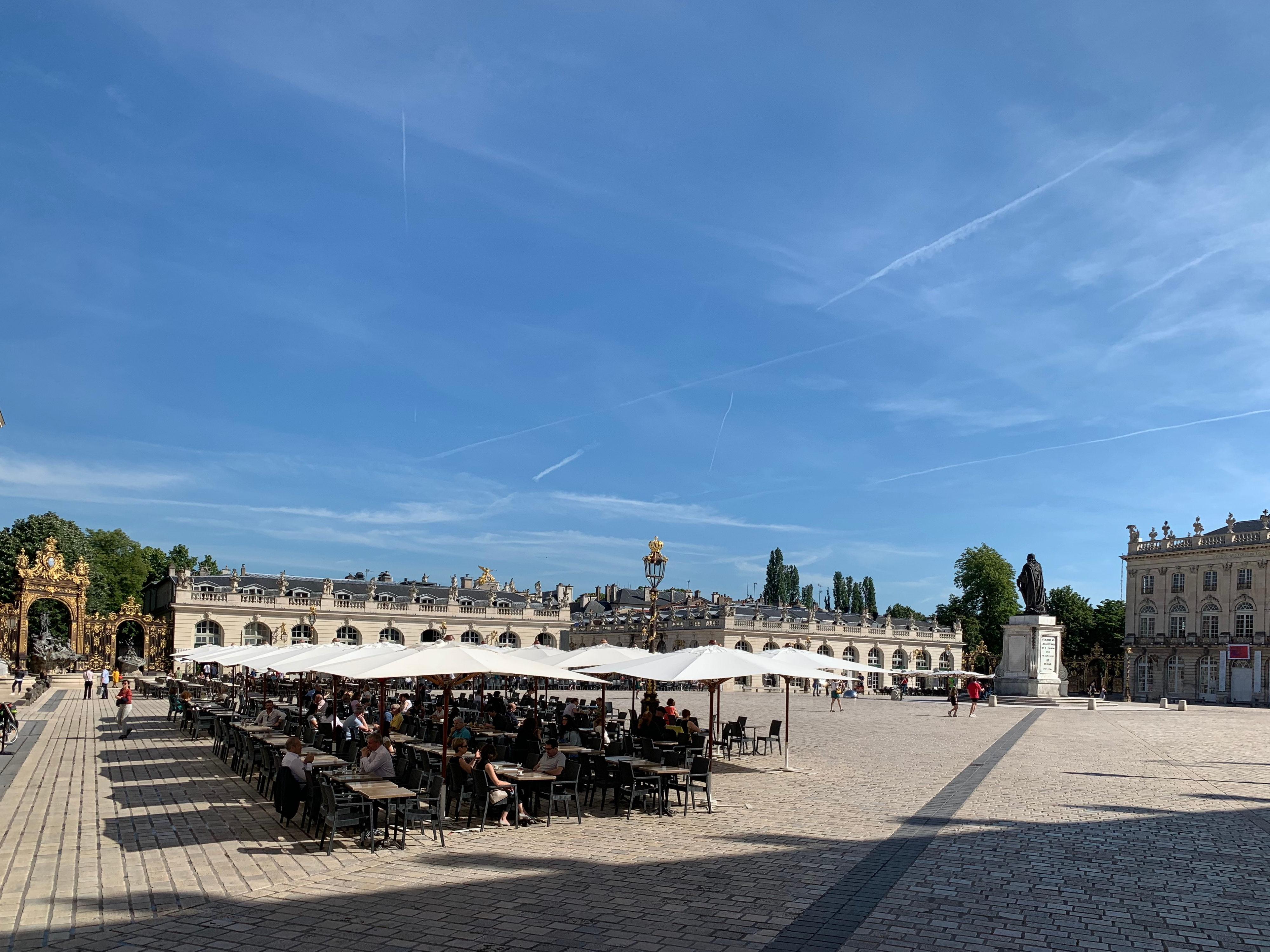 Nancy als Zwischenstation – Place Stanislas am Morgen