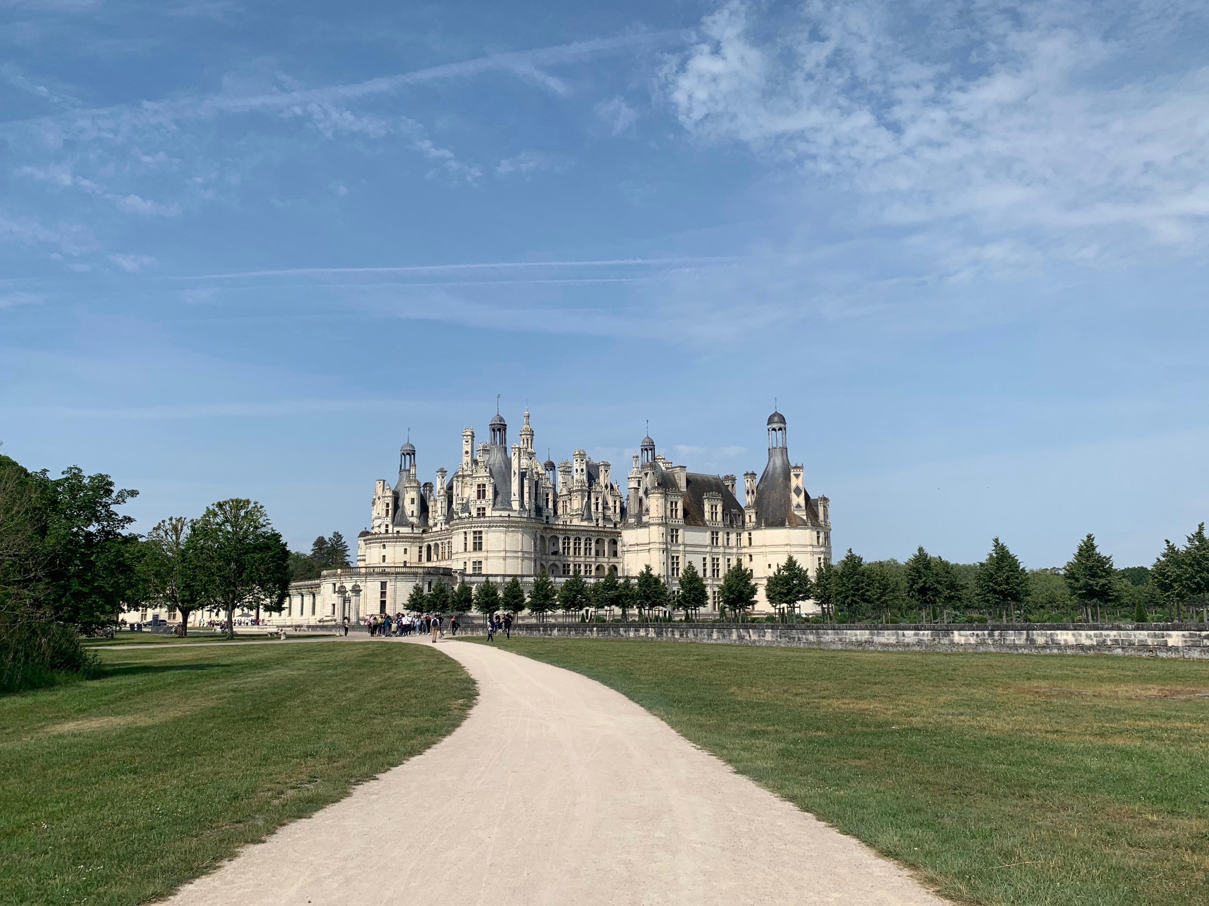Chambord, das weltweit einmalige Schloss über Eck