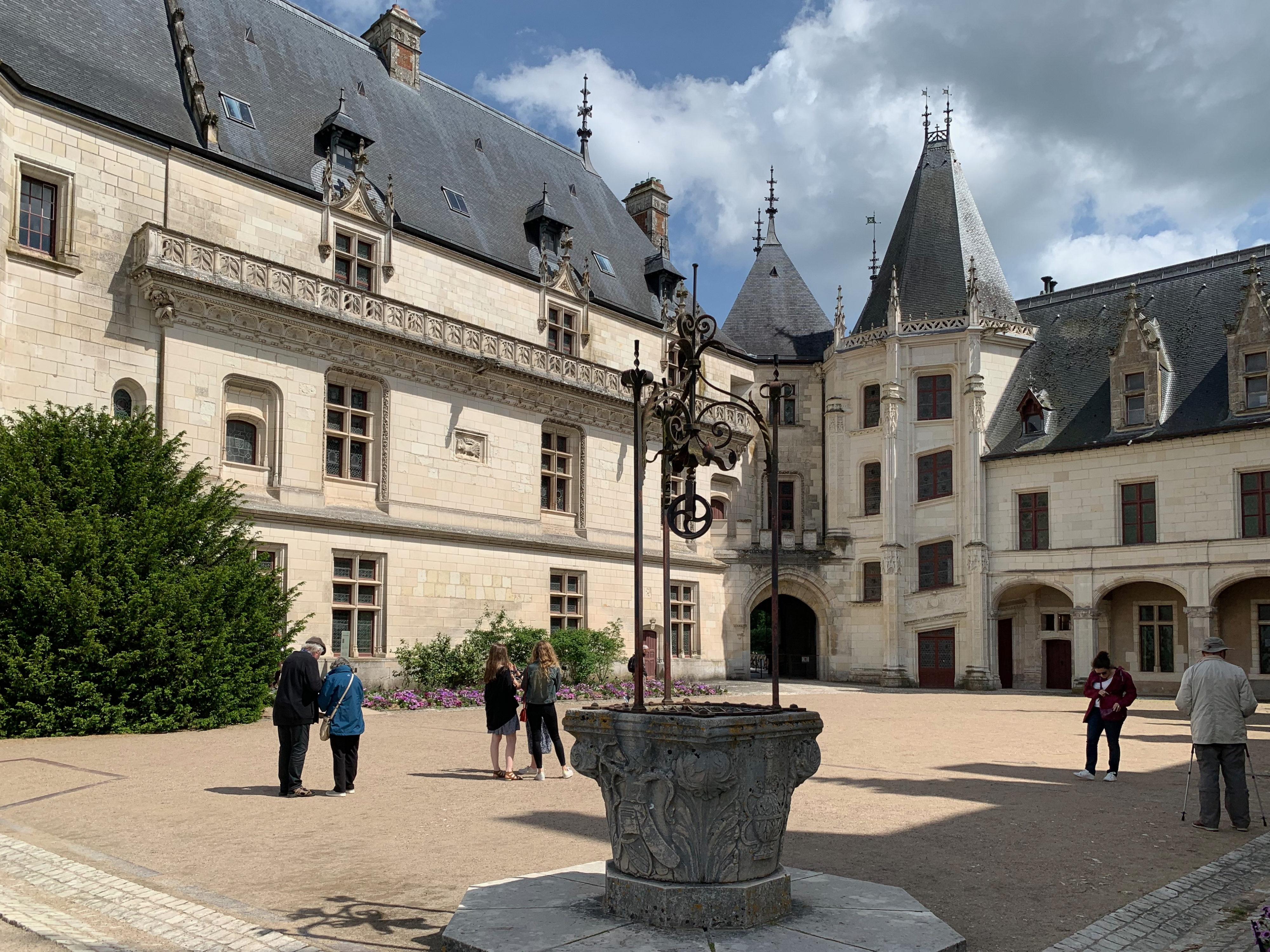 Chaumont, das wehrhafte Schloss über der Loire Bauphase Karl VIII. und Anne de Bretagne