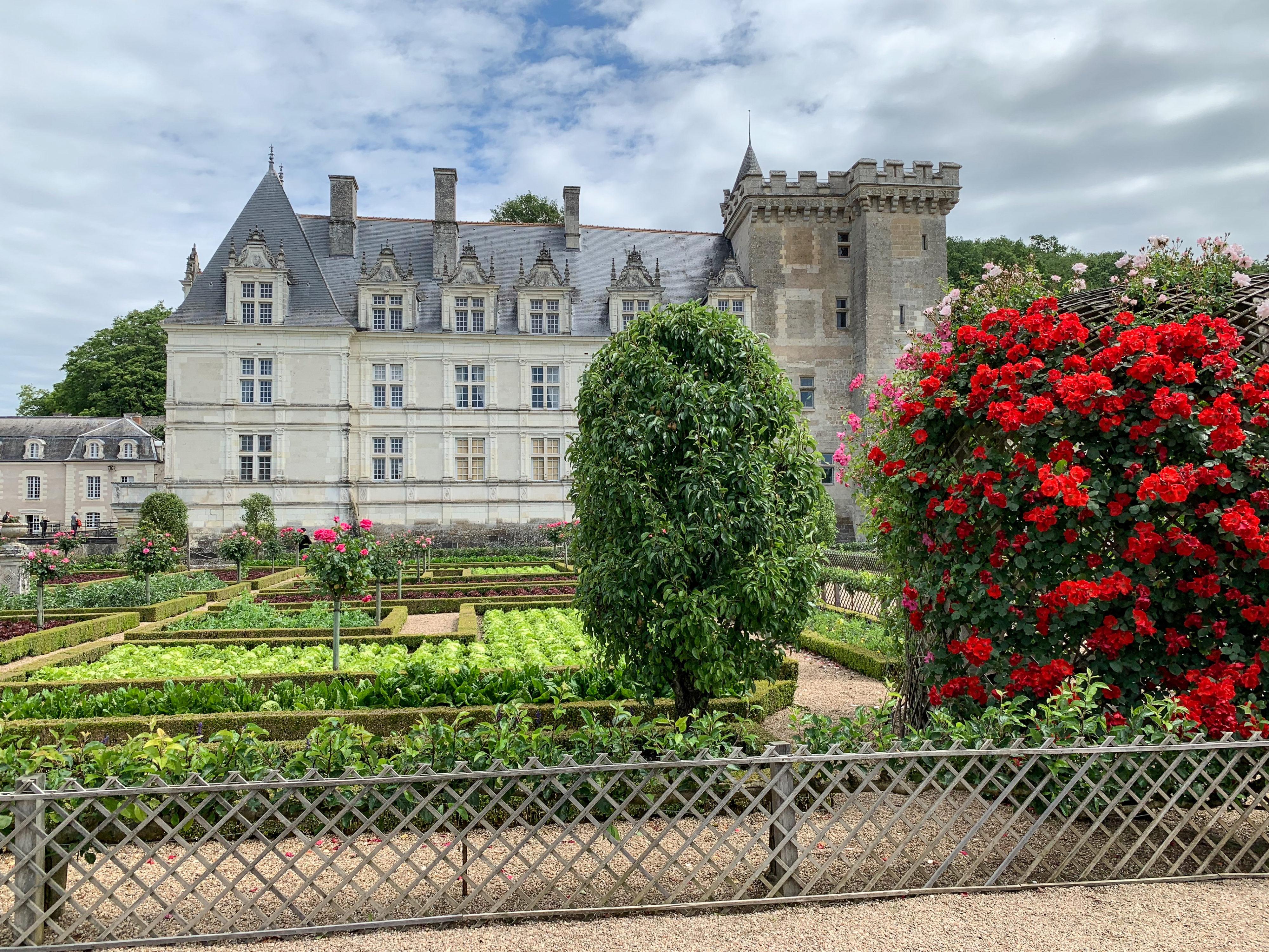 Villandry Gemüsegarten mit Schloss