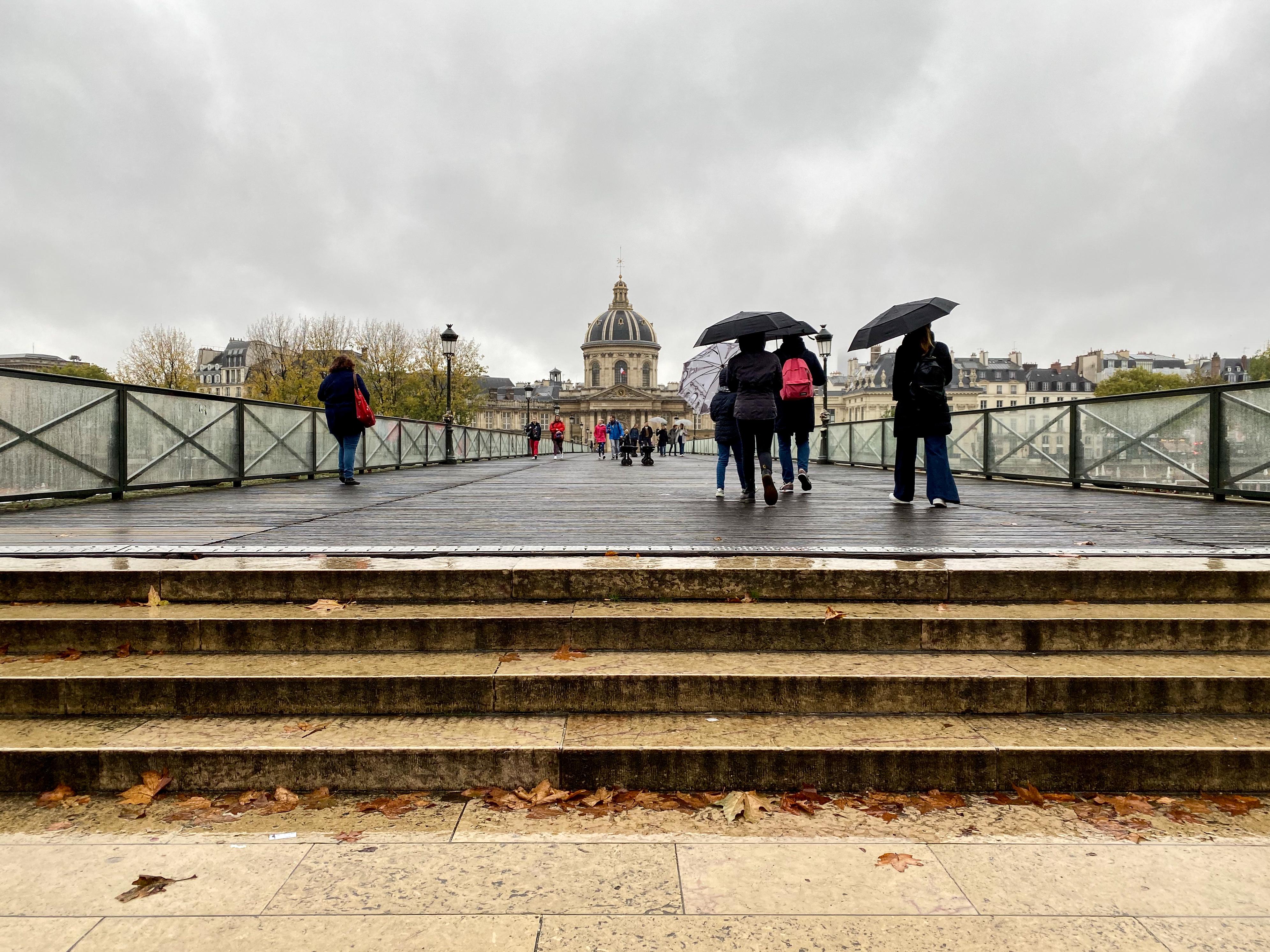 Paris im Dauerregen 2019 –