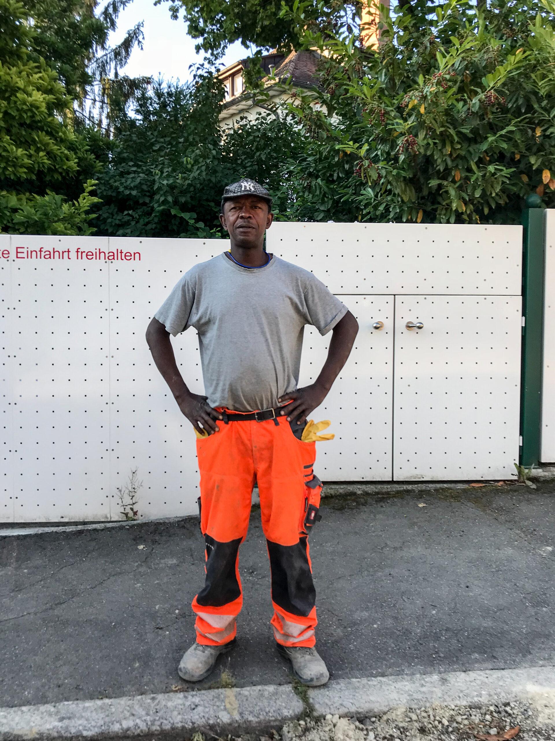 Prosper Aviboun, Straßenbauarbeiter