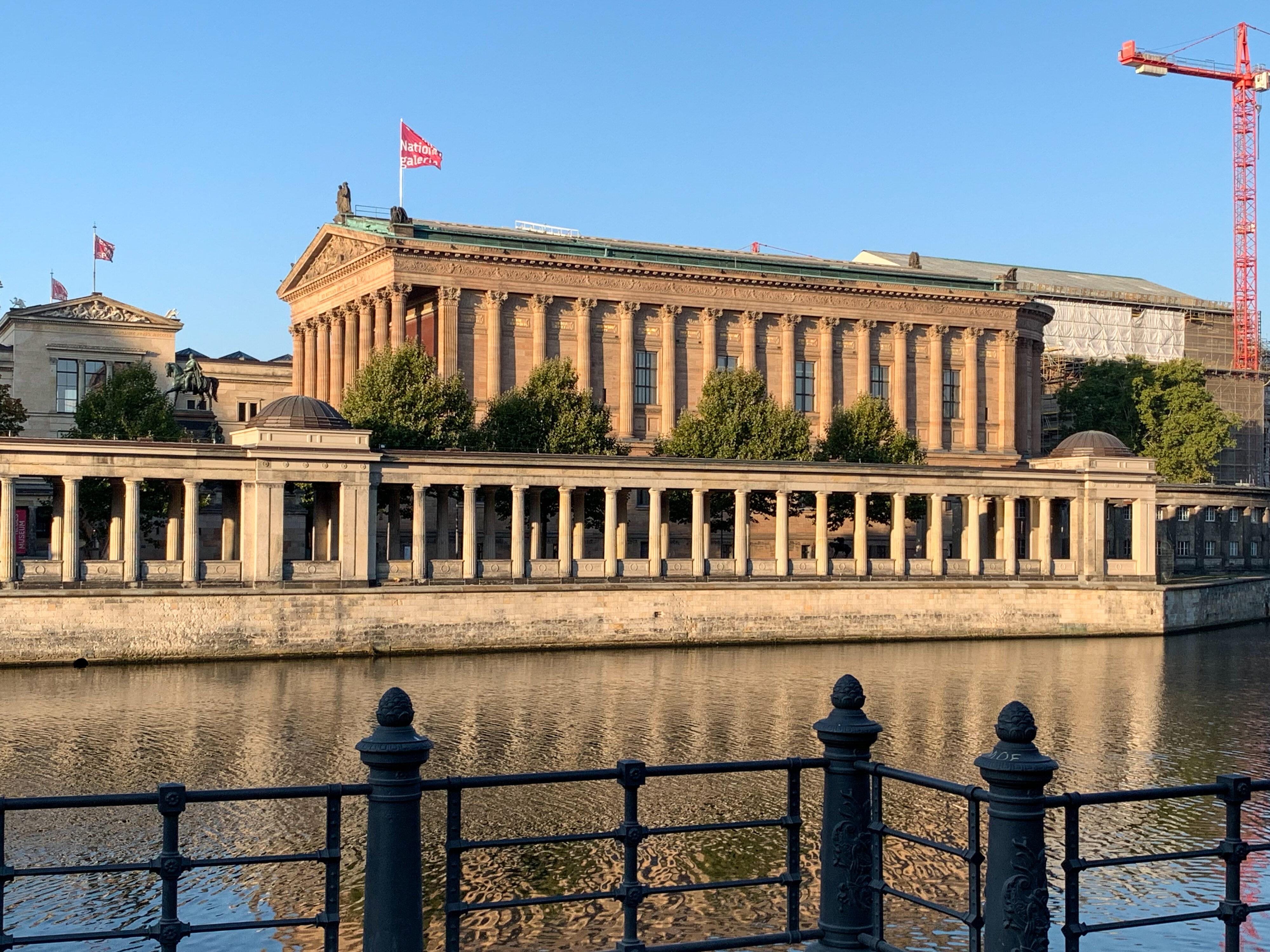 Ein Humboldt'scher Rundgang in Berlins Mitte Alte Nationalgalerie