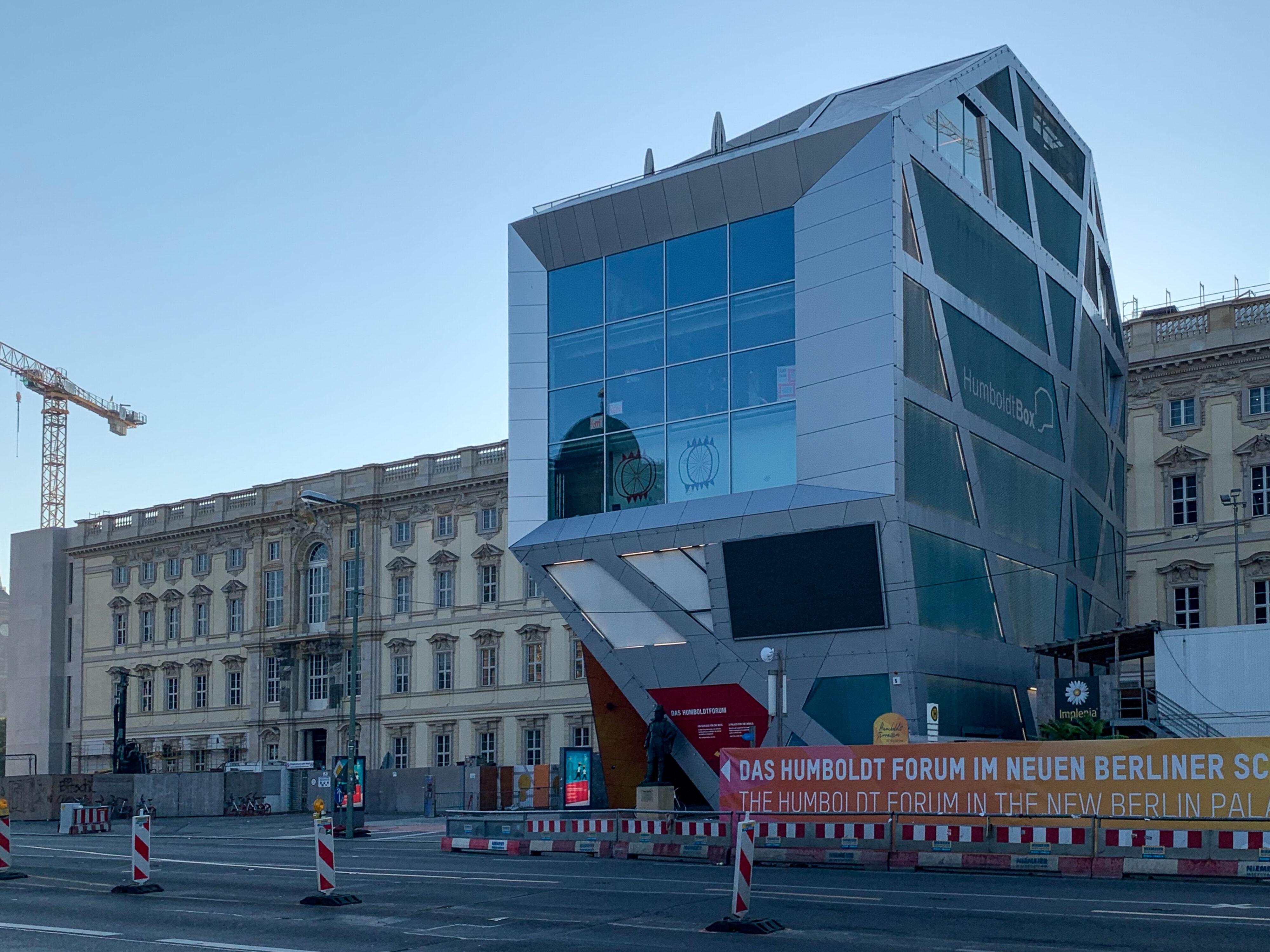 Ein Humboldt'scher Rundgang in Berlins Mitte Humboldt Box