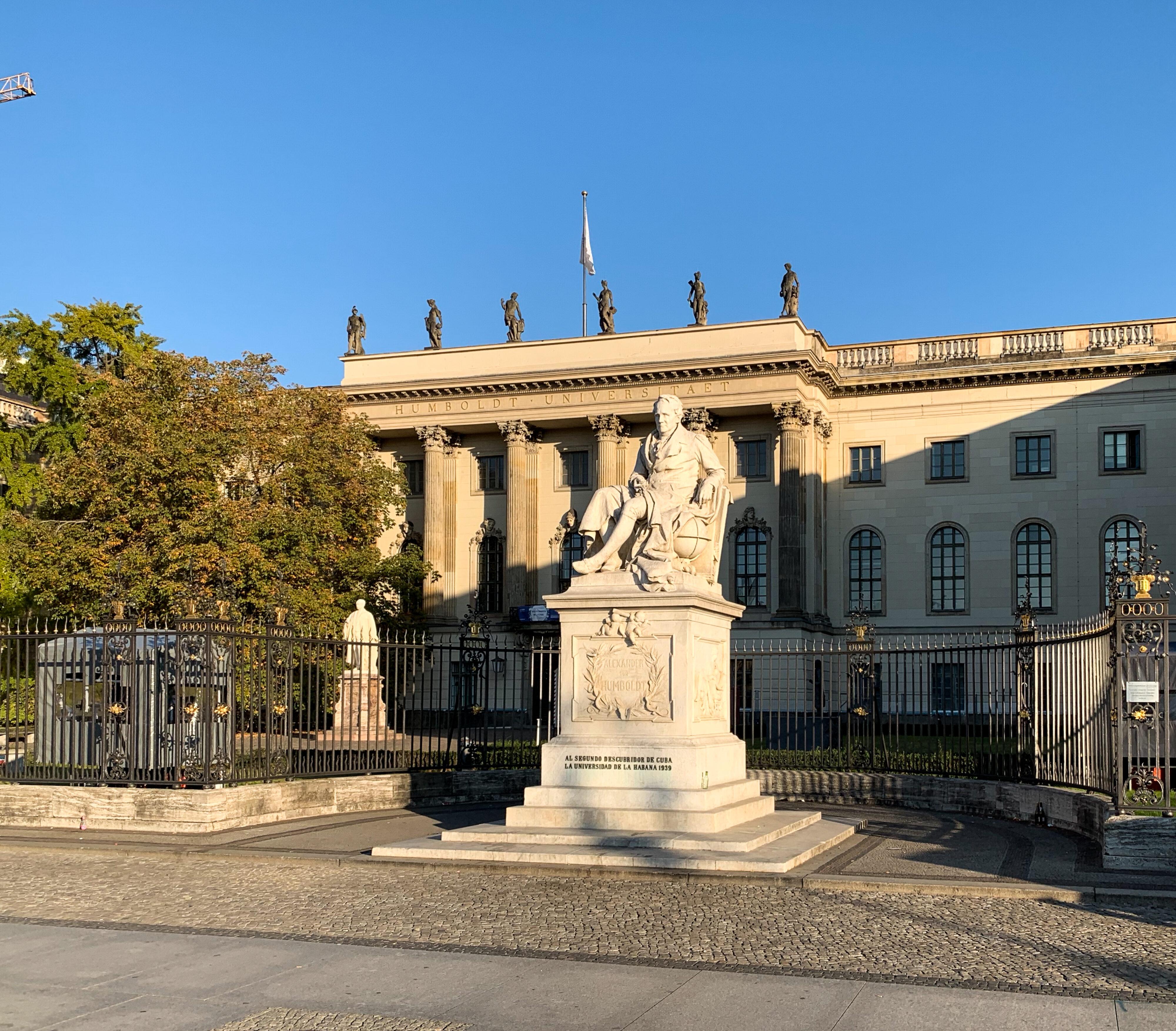 Reinhold Begas Alexander von Humboldt Berlin