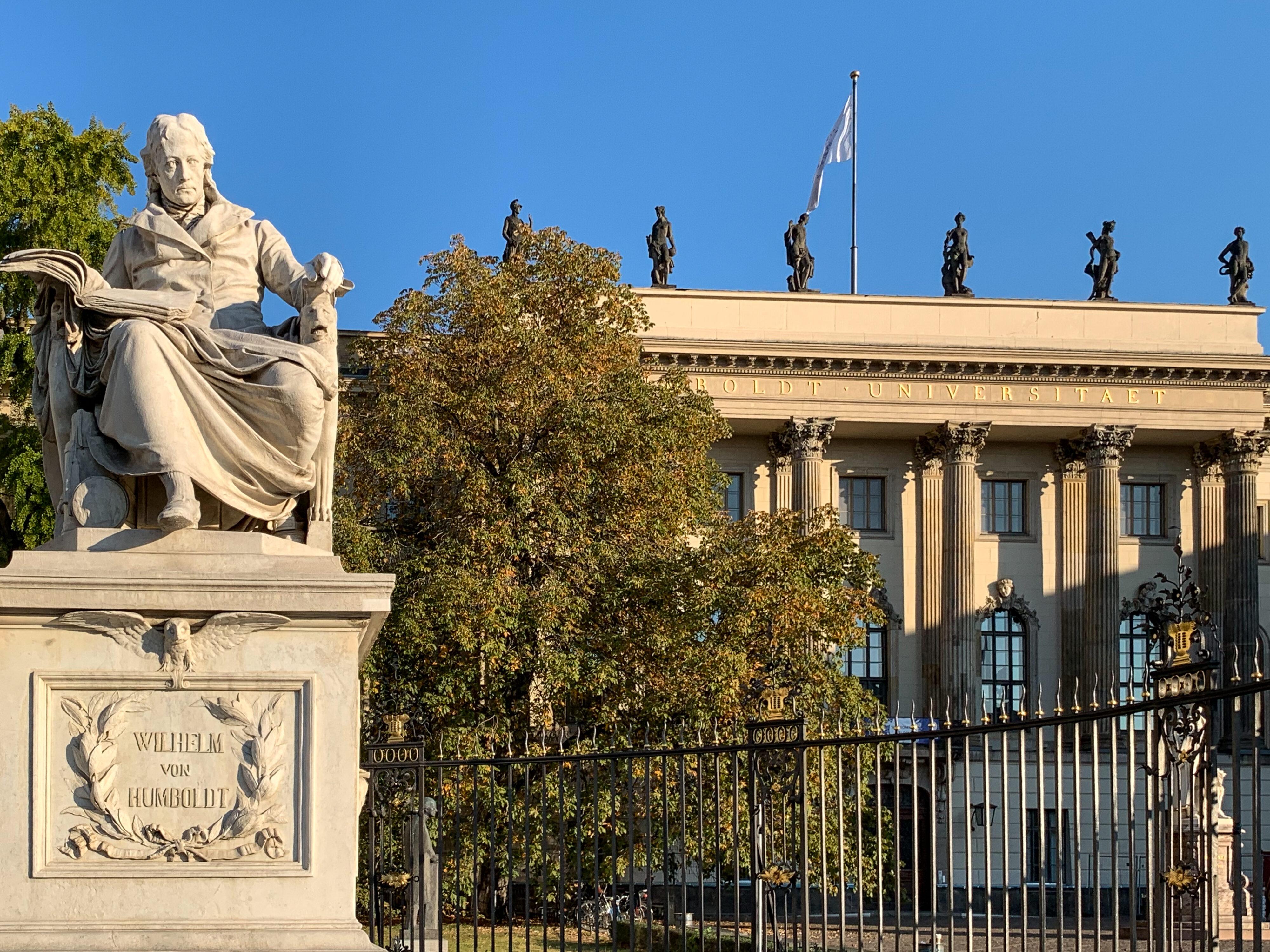 Ein Humboldt'scher Rundgang in Berlins Mitte Wilhelm v. H.
