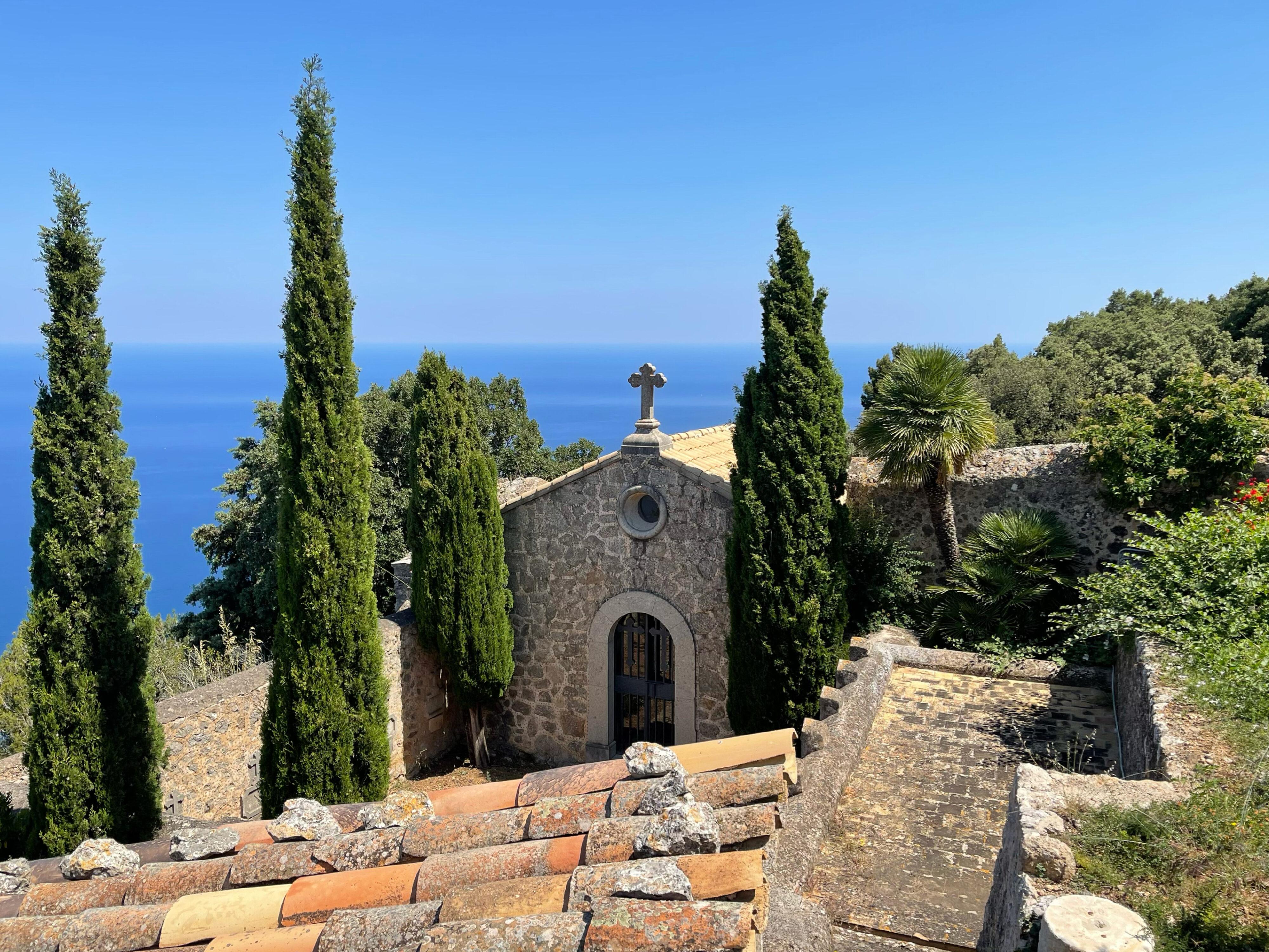 Ermita de la Santissima Trinitat: die Begräbniskapelle der Einsiedler