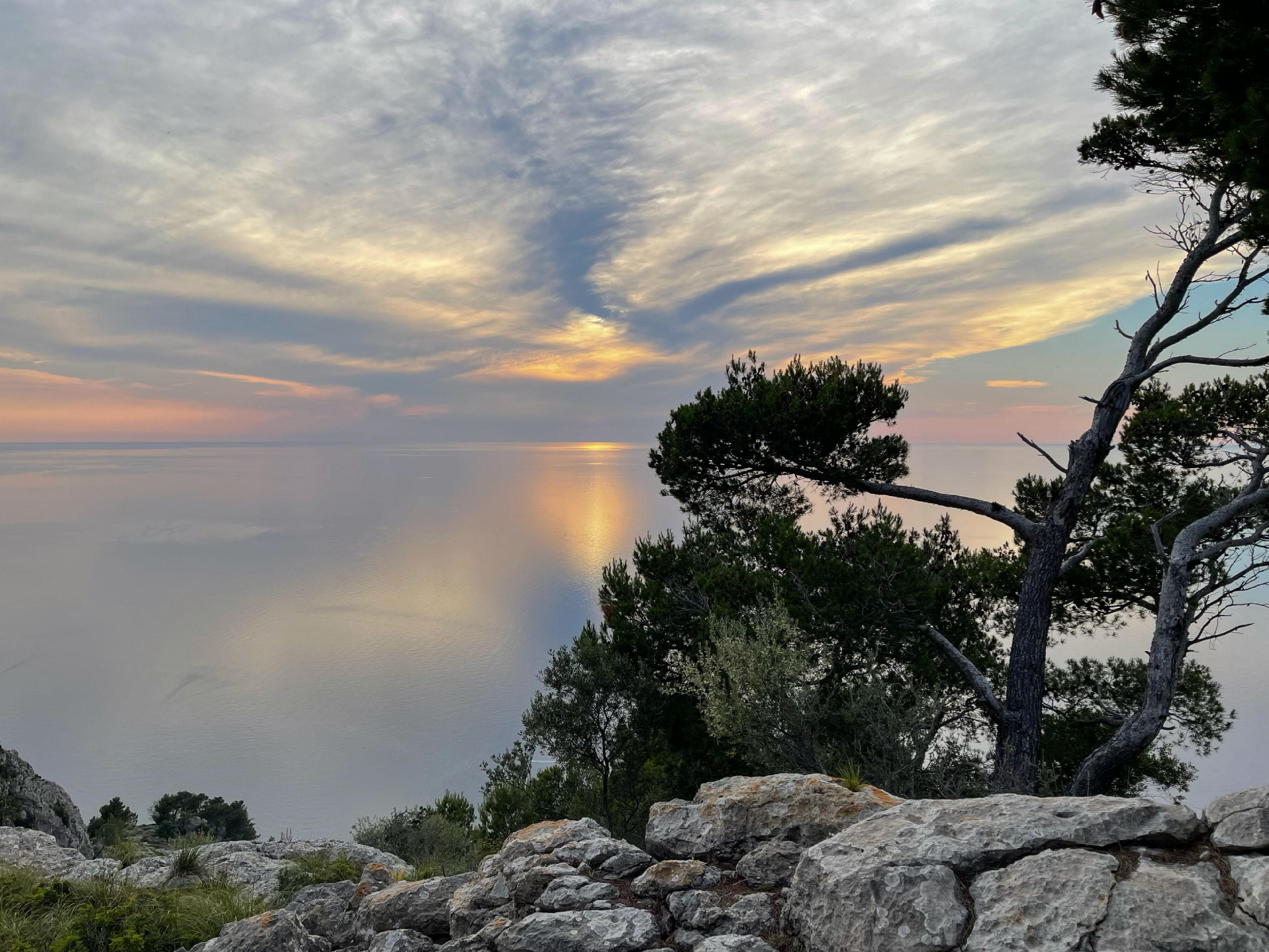 Interessante Wolkenbildungen, aber ein einzigartiger Sonnenuntergang war nicht zu erwarten.