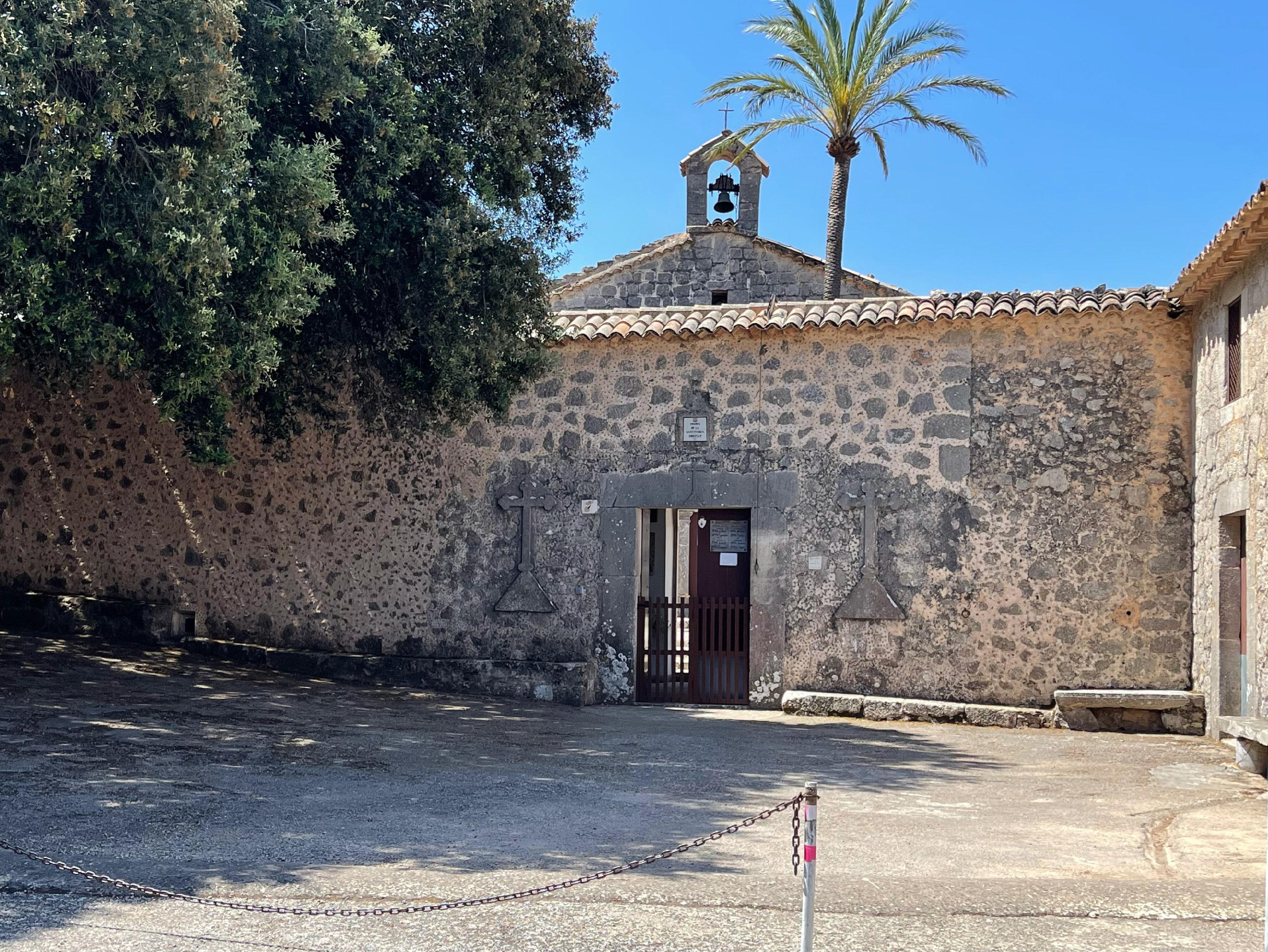 Zugang zur Ermita, einem Ort der Stille